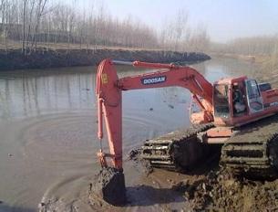 水挖掘机施工